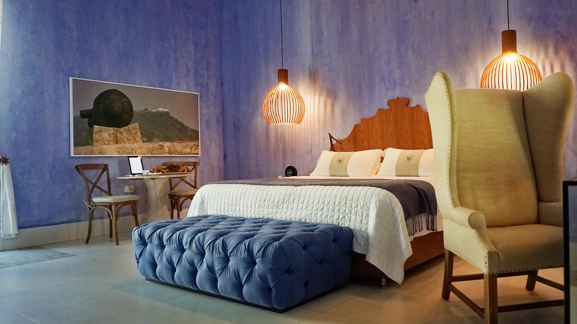 Cr tica charleston santa teresa historia y servicio en for Descripcion de una habitacion de hotel